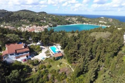 AN INDEPEDENT PROPERTY WITH SEA VIEW AND SWIMMING POOL