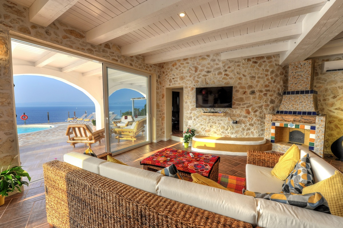 A Sea View villa for 10 persons